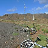 São Vicente : Selada dos Flamengos : mountainbike and wind turbines : Technology Energy