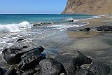 São Vicente : Flamengos : sandy beach and black stones : Landscape Sea