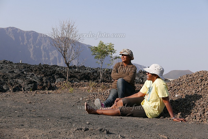 Fogo : Cha das Caldeiras : having done their work : People Recreation